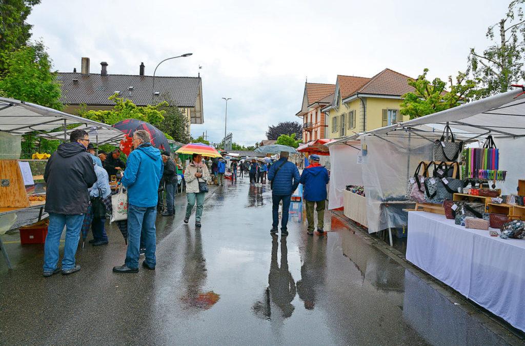 Maimarkt: Buntes Treiben trotzt dem Wetter