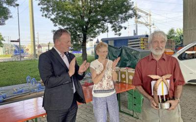 Martin Johner mit einem Preis geehrt